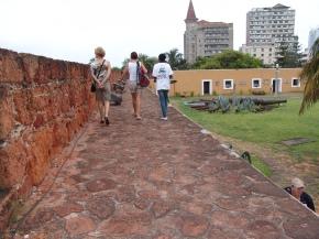 Il Forte portoghese, il ministero in lontananza