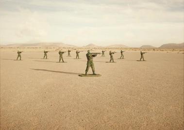 simon-brann-thorpe-toy-soldiers-designboom-06
